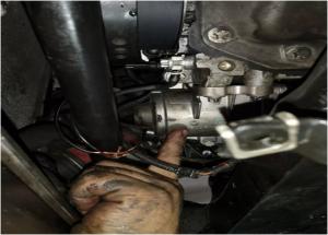 BMW ఎలక్ట్రిక్ వాటర్ పంప్ పున ment స్థాపన పద్ధతి